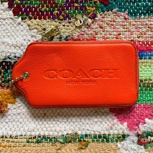 Coach Oversized Handtag Wallet With Chain